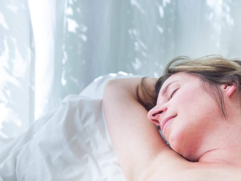 Frauenmassage-Therapeuten-Sex Teenager ohne Kondom